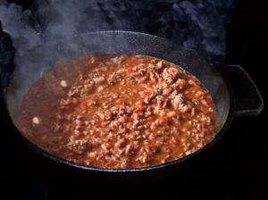 Gene Vaughn's Chili in Black Pot